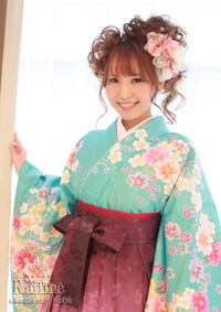image0021 卒業式の袴に似合う髪型ミディアム|編み込みやサイドアップの手法