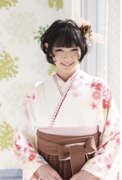 image010 袴に似合う卒業式の髪型ショートヘア編|シンプルにアレンジ!
