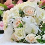 【結婚式】感動させる新婦から「両親への手紙」おすすめ例文まとめ