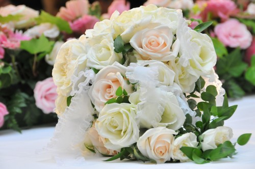 gft0107 049 500x332 【結婚式】感動させる新婦から「両親への手紙」おすすめ例文まとめ
