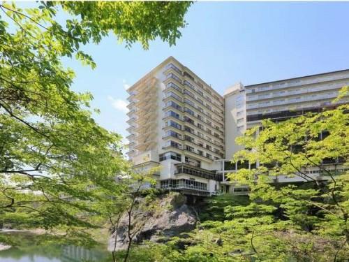 Y334465537 500x375 夏休みは彼氏と一緒に一泊旅行!カップルにおすすめの関東格安温泉宿