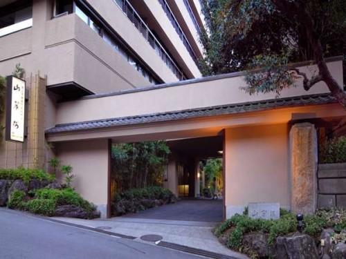 Y320516588 500x375 女子旅で女子力アップ!東京近郊で人気の高級宿(エステ付き)5選
