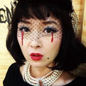 th beautik halloween main 1 300x300 【2016ハロウィンメイク】100均で出来るかわいい魔女メイクのやり方