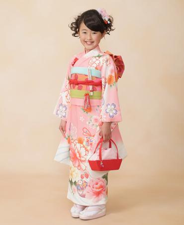 image003 【七五三の服装】7歳の女の子に人気の袴と着物まとめ/洋服でもOK?