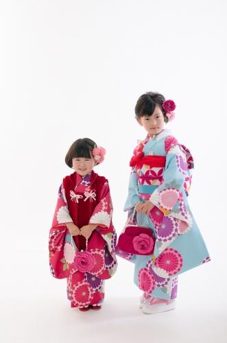 image007 【七五三の服装】7歳の女の子に人気の袴と着物まとめ/洋服でもOK?