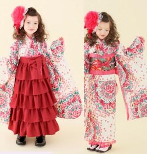 image011 300x314 【七五三の服装】7歳の女の子に人気の袴と着物まとめ/洋服でもOK?