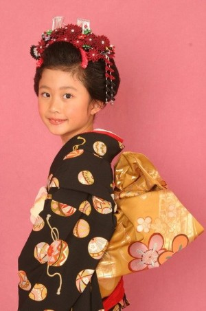 image0111 300x452 【七五三】7歳の女の子のヘアスタイル人気ランキング!ショート、ロング編