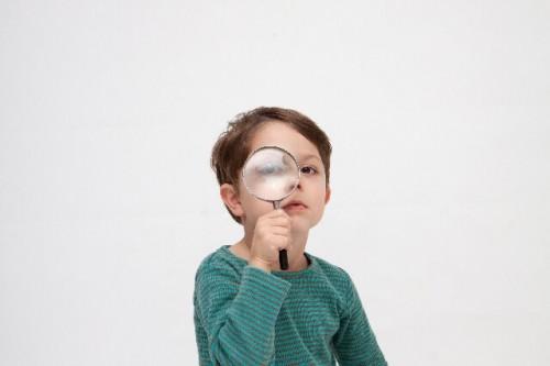 0569bf22b18b039da73b78a647f0f89c s 1 500x333 若年性老眼が増えている原因はスマホの見すぎ?簡単にできる予防方法♪