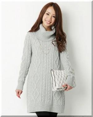 nit 1 300x379 【クリスマスデート】彼氏が喜ぶ20代女性服装コーデと注意点まとめ