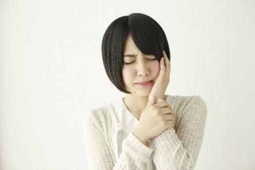 accdb8c8d9a084e4915170779db163ad s 1 500x333 虫歯はないのに歯が痛くなる原因はストレスかも?歯痛を和らげる食材6選