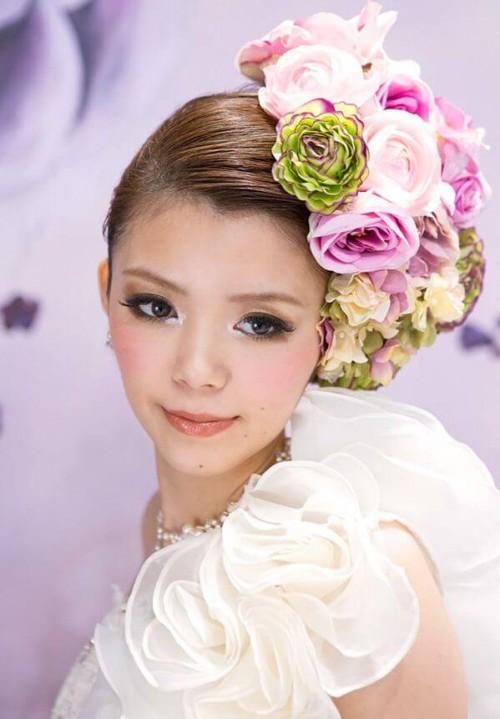 WS000002 1 500x719 ウェディングドレスに合う髪型7選|小顔に見せるテクニックとは?
