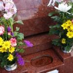 【秋のお彼岸】墓参りの手順とマナーを詳しく解説!服装や供物は?