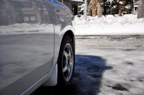 128 500x332 スタッドレスタイヤの価格相場|ノーマルタイヤとの違いと夏場装着する際の注意点