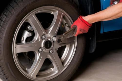 315 500x333 スタッドレスタイヤの価格相場|ノーマルタイヤとの違いと夏場装着する際の注意点