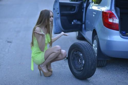 318 500x333 スタッドレスタイヤの寿命の見分け方は?走行距離や使用年数から交換時期の目安を判別