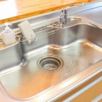 ステンレスの流し台をピカピカに!キッチンの周りの錆を簡単に落とす方法