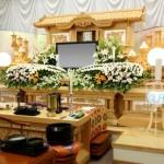 義理の父母の葬儀|マナーや香典の相場は?喪主にかける言葉は?