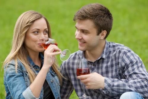 17 500x333 お酒を飲むと酔っていないのに顔が赤くなるのは強い証拠?顔が赤くなる原因と対策