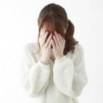 空腹や腹痛が原因?お腹が鳴る理由と対処法!静かな所でお腹の音を止めるには?
