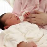 寝ている赤ちゃんの手足が冷たいけど大丈夫?原因と対処法