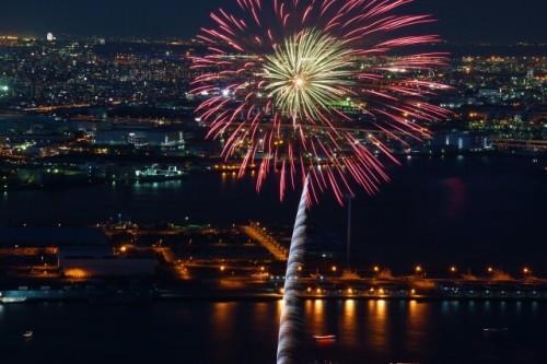 1 18 500x333 横浜開港祭2017!花火の日程や開催場所は?屋台、バザー情報まとめ