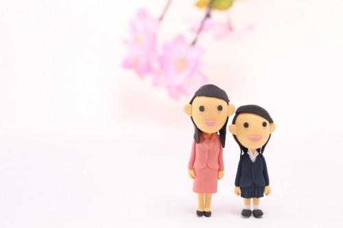 50c0fe736150c4fa48eeccdc5ad6665d s 500x333 小学校の入学式|女の子服装ランキング2017人気のワンピースや袴は?
